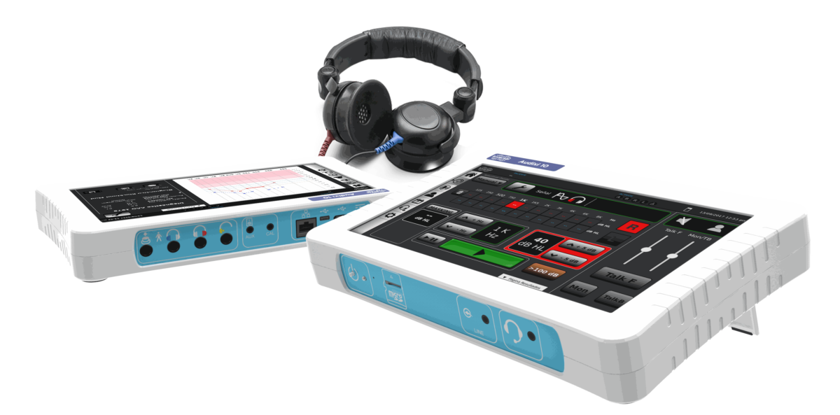 Image of the audiometer device, it is like a tablet with headphones attached.